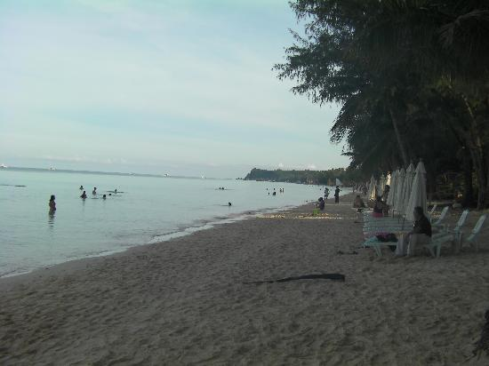 White Beach: ホワイトビーチ早朝