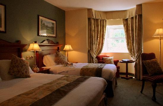Racket Hall Country House Hotel: Standard room