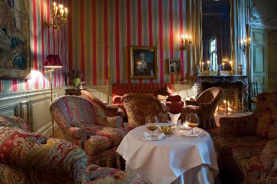 La Mirande Hotel: Le Salon Rouge