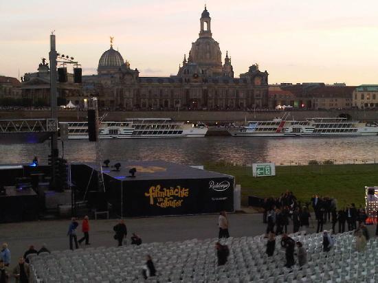 Dresden, Tyskland: Kino für 20'000 !