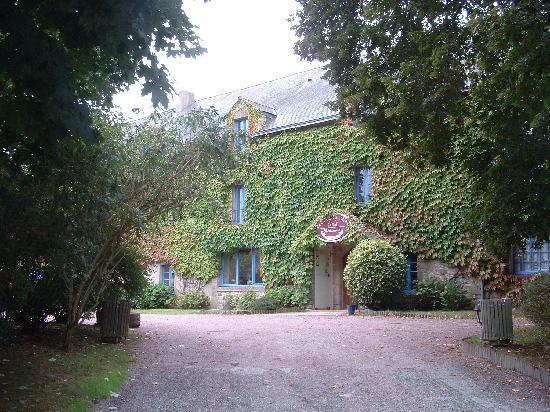 Le Manoir du Rodoir : Front of hotel