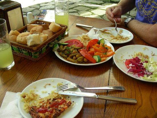 Caferaga Medresesi : Comida