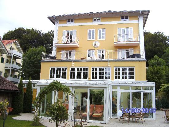 Hotel Villa Bellaria: Hotel von hinten