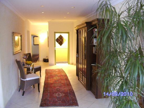 Hotel Villa Bellaria: Fahrstuhl gibt es auch