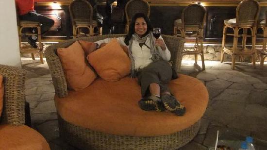 Sonesta Posadas del Inca Yucay: Relaxing by the fire
