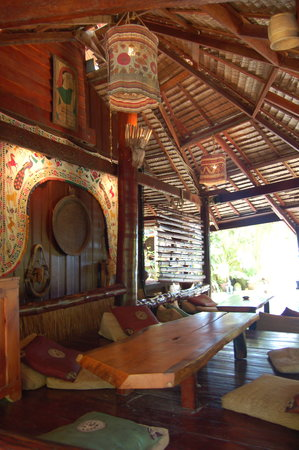 Dolphin Bungalows: one of the places like this... lovley!