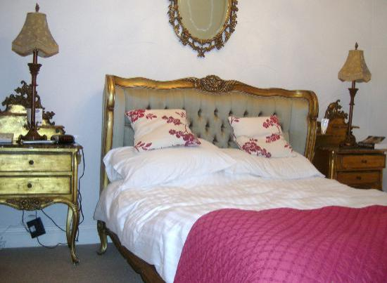 Winster, UK: One of the 9 Rooms
