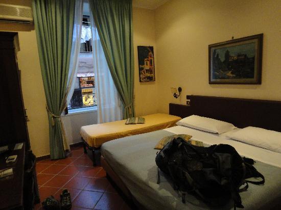 Hotel Toledo : The room