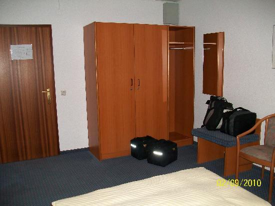 City Hotel Mark Michelstadt: the bedroom