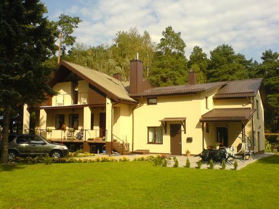 Birstonasta - outside view