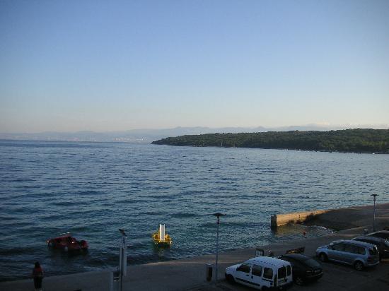 Njivice, Kroatien: Sonnenaufgang - Blick vom Zimmer
