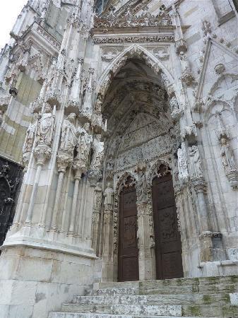 Dom St. Peter: Main Entrance