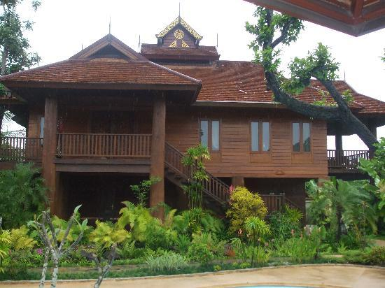 Oriental Siam Resort: Beautiful Teak Villa  at Resort