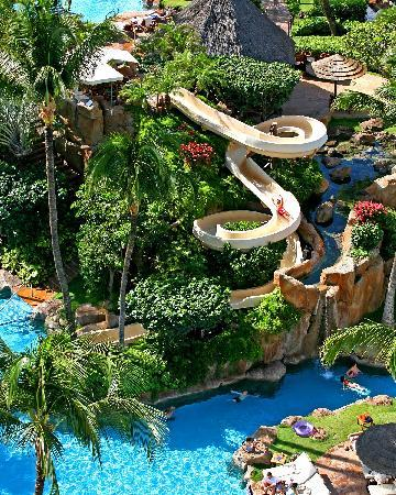 Westin Maui Resort And Spa: The Westin Maui Resort & Spa features lush gardens, meandering streams, breathtaking 15-20 foot
