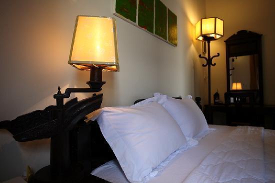 HueNino Hotel: room