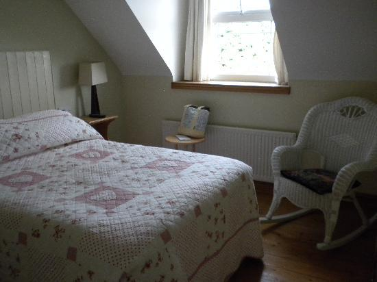 Bunratty Woods Country House: Our room