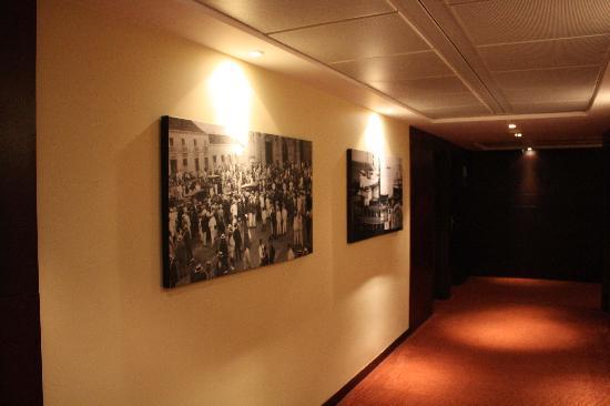 Kristoff Hotel: hallway
