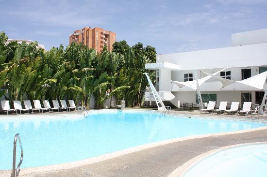 Kristoff Hotel: pool