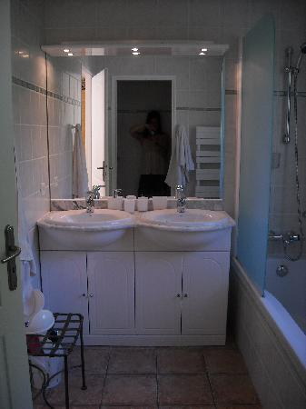 La Bastide de la Brague: Bamboo Room - Bathroom