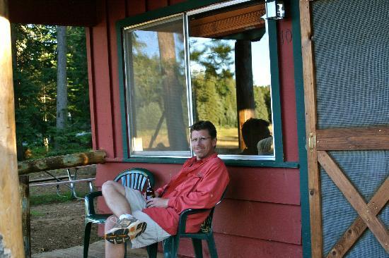 Hannagan Meadow Lodge: Small but cozy cabins.