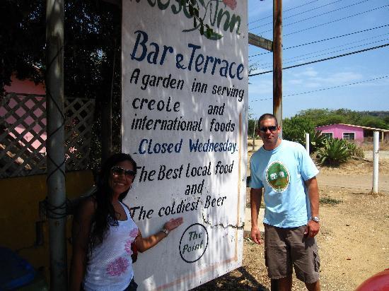 Rose Inn: coldiest beer on the island