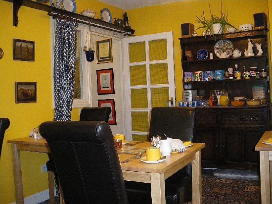 Websters Bed and Breakfast: breakfast room