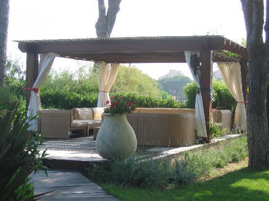 La Roya : endroit de repos dans le jardin