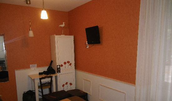 Hotel Restaurant Chaleat-Sapet : chambre bis