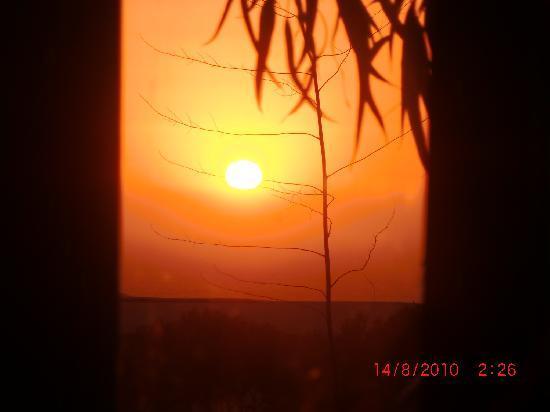 Tangaro Auberge & Spa: Coucher de soleil depuis le lit