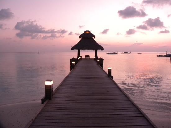 Baros Maldives : An coucher du soleil/BAROS