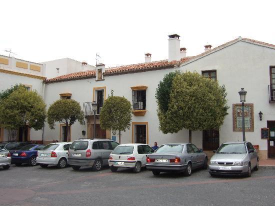 Hotel Montejaque: The hotel frontage