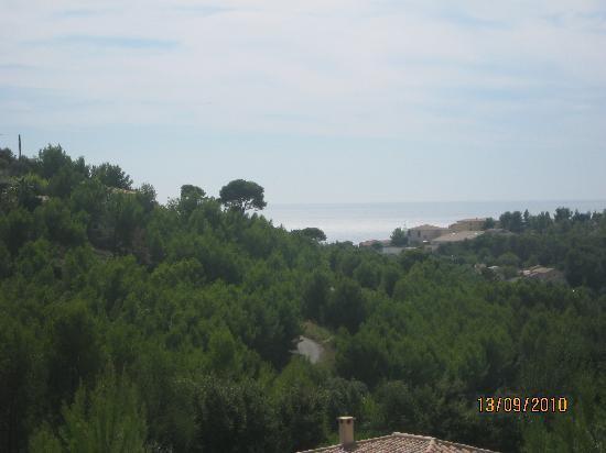 La Cadiere d'Azur, ฝรั่งเศส: sur les hauteurs  vu sur la mer  au loin