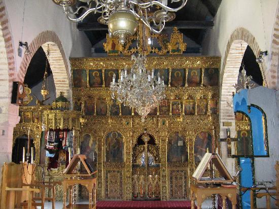 To Spitiko toy Archonta: Goldener Altar in Treis Elies