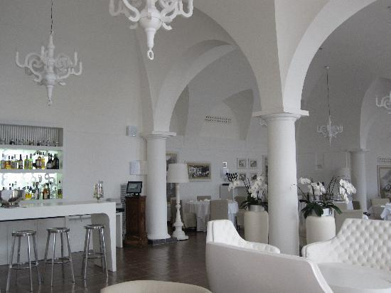 NH Collection Grand Hotel Convento di Amalfi : Bar and dining area
