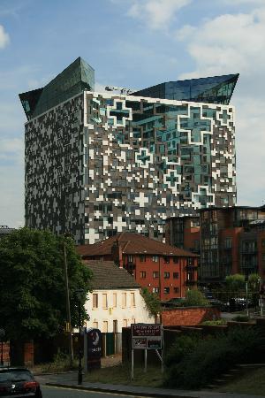 เบอร์มิงแฮม, UK: The Cube