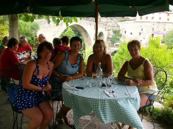 Fleurs D' Olargues: happy times