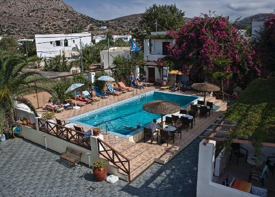 Galissas, Greece: The pool at the studios