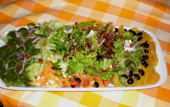 Ras Amba Hotel: grando salad