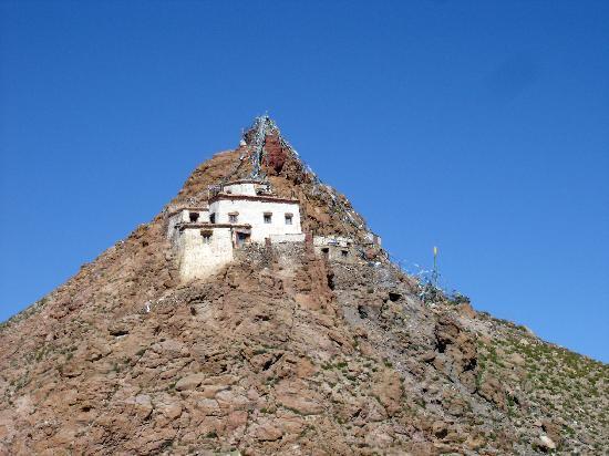 Lake Manasarovar: Das Chiu Kloster am Manasarovar See