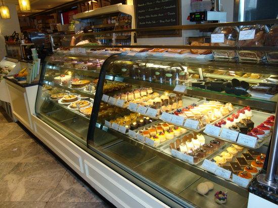 Financier: Delicious Pastries