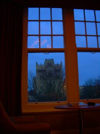 Grafton House Hotel: View of Durham Cathedral from our room