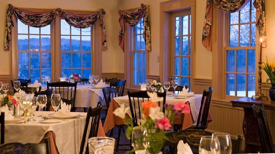 West Chesterfield, NH: Chesterfield Inn Dining Room