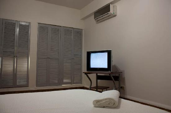 San Roque Bed & Breakfast Panama: Habitaciones con aire acondicionado y TV por Cable