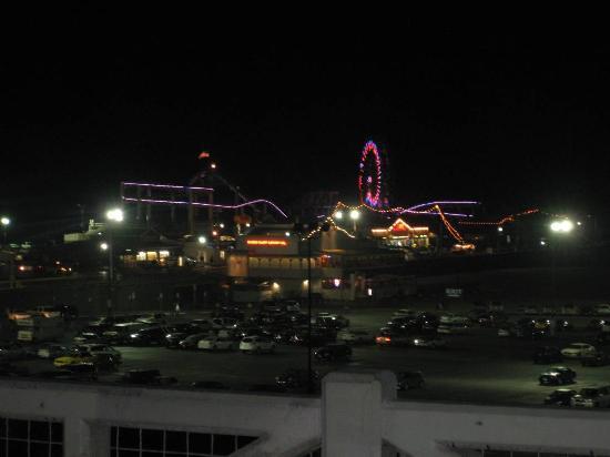 Hotel Carmel: In der Nähe: Santa Monica Pier