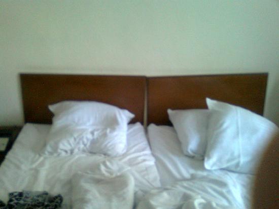 Hotel Kirstine: Headboards hanging