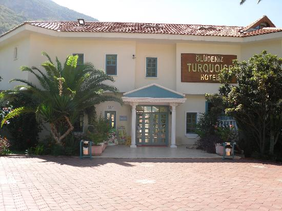 Turquoise Hotel: The Hotel entrance