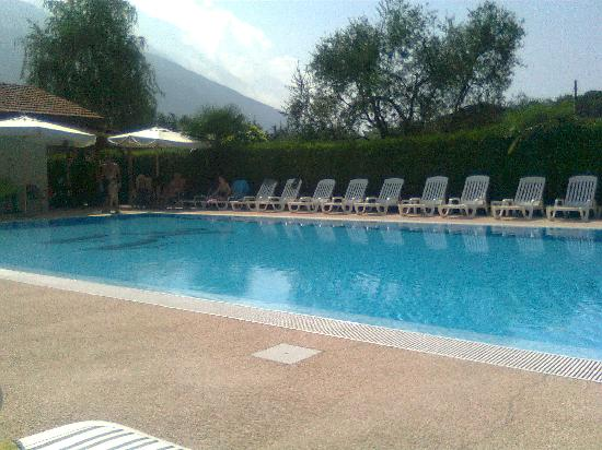 Hotel Villa Verde: dal parco-giardino 2