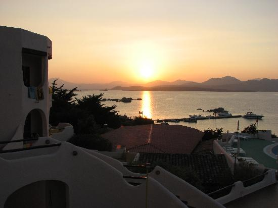 Hotel Cala Cuncheddi : tramonto