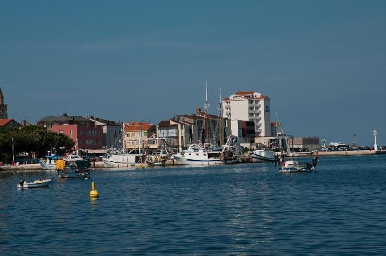 Umag, كرواتيا: kleiner Hafen in Umag