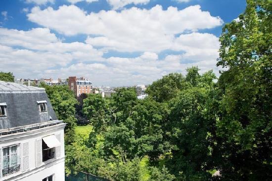 Hotel de Suede St. Germain: VUE SUR LES JARDINS DE MATIGNON